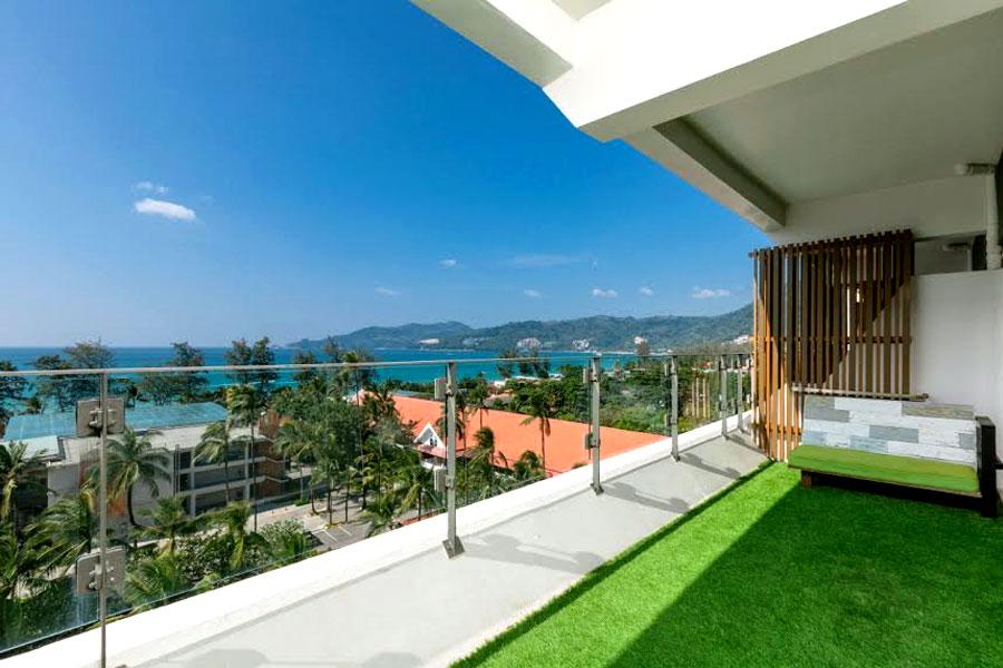Patong Beach Hotel - expedia.com